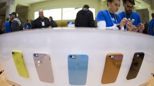 Ces trois derniers mois, il s'est vendu 35,2 millions de smartphones Apple contre 31,24 millions à la même époque l'an passé.
