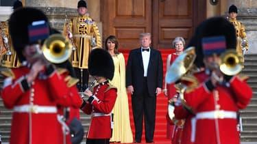 Le président américain Donald Trump avec sa femme Melania et Theresa May, Premier ministre du Royaume-Unis, le 12 juillet 2018.