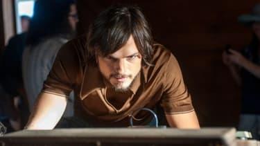 "Dans ""Jobs"", Asthon Kutcher incarne l'iCon Steve Jobs."