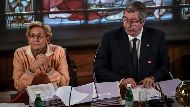 Les époux Balkany lors d'un conseil municipal à Levallois-Perret, en avril 2019