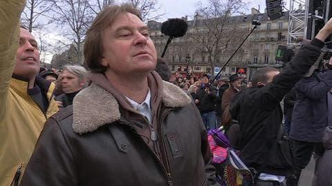 Un rescapé du Bataclan participe aux hommages à la République