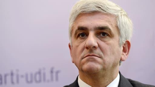 Emploi et croissance: Hervé Morin propose de passer aux 39h payées 35