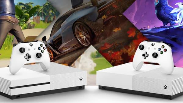 A gauche la Xbox One S classique et à droite la nouvelle, sans lecteur de disque