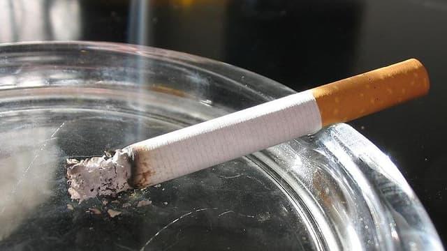 Un locataire expulsé à cause de la cigarette
