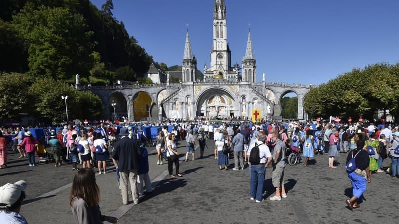 Le gouvernement débloque 20 millions d'euros supplémentaires pour Lourdes, laminée par la crise