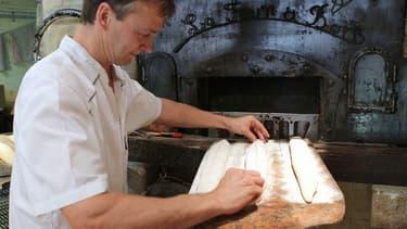 Les Français sont 98% à consommer de la baguette chaque jour, selon le Crédoc.
