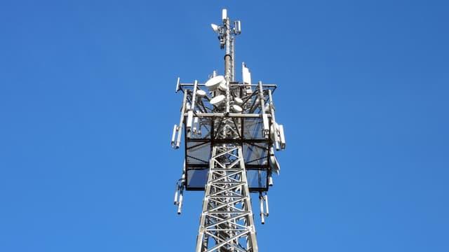 Bell Canada va investir un milliard de dollars canadiens sur cinq ans sur le réseau d'accès à internet à haute vitesse.