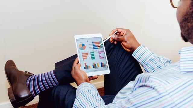 Si les métiers peuvent désormais utiliser directement des outils analytiques, les experts de la science des données seront toujours indispensables pour garantir la qualité des informations alimentant ces solutions sur étagère.