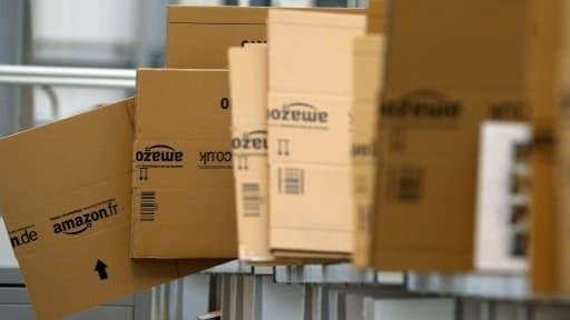 Amazon rallongerait les délais de livraison ou empêcherait les précommandes des livres Hachette.