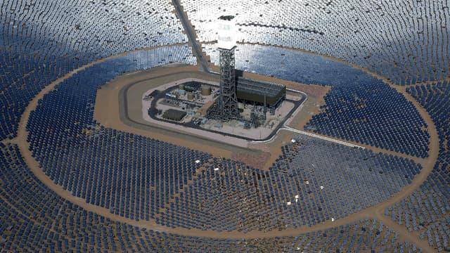 Une centrale solaire en Californie. (image d'illustration)