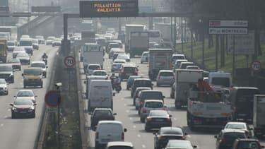 Circulation à Paris le 18 mars 2015 pendant le pic de pollution