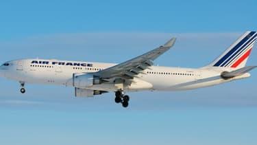 Les résultats d'Air France-KLM se redressent sur le début 2013, mais d'autres mesures d'économie sont attendues.