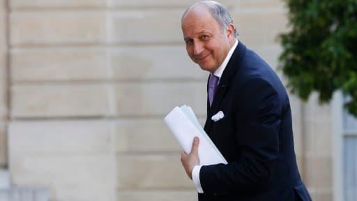 """Laurent Fabius veut mettre en place cinq """"pôles d'excellence"""" pour doper le tourisme."""