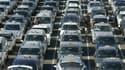 Des chauffeurs de taxis parisiens réclament la mis en oeuvre du fonds de garantit qui doit compenser la chute de la valeur de la licence.