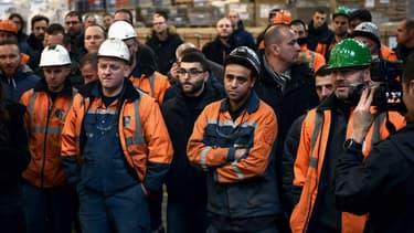 L'aciérie Ascoval de Saint-Saulve (Nord) et ses 281 salariés ont encore un mois pour chercher un repreneur.