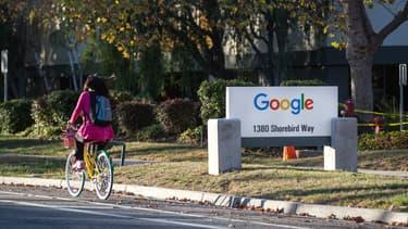 Selon Google, le droit à l'oubli enfreint le droit à l'information. Pour la Cnil, c'est d'abord un droit fondamental.