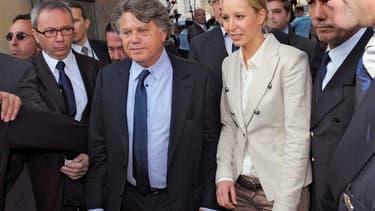 Les deux députés Front national ou apparenté, Marion Maréchal-Le Pen et Gilbert Collard, ont fait mercredi leur entrée symbolique à l'Assemblée nationale. Le FN n'avait plus eu d'élus - à une exception près - depuis 1986. A l'époque, la proportionnelle lu
