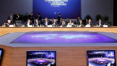 Les membres du G20 Finances réunis à Paris devraient saluer samedi l'engagement des Européens à présenter dans les prochains jours un paquet de mesures visant à restaurer la stabilité de la zone euro, sur fond de craintes sur la santé de l'économie mondia