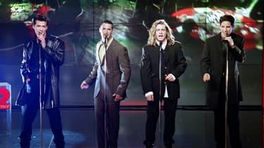 L'ex-leader du groupe Alliage et comédien, Quentin Elias, est décédé, jeudi, à l'âge de 39 ans.