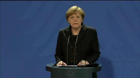 """Crash A320: """"C'est un crime"""", selon Angela Merkel"""