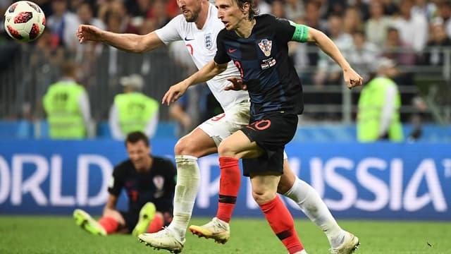 Luka Modric face à Harry Kane