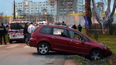 Le forcené ayant foncé en voiture sur des militaires, à Valence, a été mis en examen dimanche.