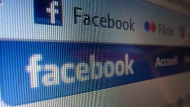 Facebook tente de rassurer les investisseurs, mais pourrait perdre des utilisateurs dans l'opération.