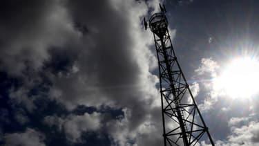La France a déjà autorisé l'ouverture de près de 10.000 sites pour implanter des antennes relais 4G.