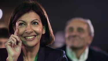 Anne Hidalgo va devenir la première femme maire de Paris.