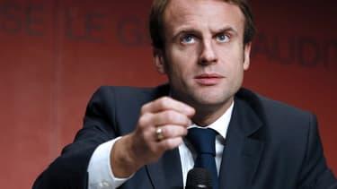 """Le ministre de l'Economie juge également que """"la place de la Grèce est dans la zone euro"""""""