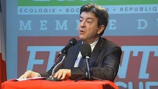 Jean-Luc Mélenchon a rendu hommage à Hugo CHavez lors d'une conférence de presse mercredi 6 mars à Paris.