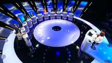 """Onze candidats étaient présents sur notre plateau pour """"l'ultime débat""""."""