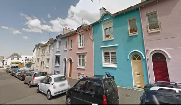Des propriétaires situés rue Félix le Dantec à Brest ont repeint leur façade.