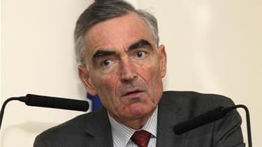 Le procureur de Paris, Jean-Claude Marin, viendra au premier jour du procès de l'ancien président Jacques Chirac lundi prochain à Paris pour expliquer pourquoi il ne soutient pas l'accusation, selon une source judiciaire. Le fait qu'il se déplace à l'audi