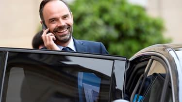 Le Premier ministre a aidé deux Quiberonnais qui voulaient acheminer des vivre vers les Antilles
