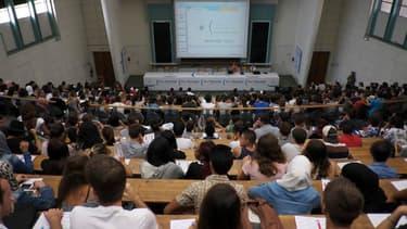 Les etudiants Erasmus ont un taux de chômage inférieur à 23% à celui de leurs collègues sédentaires.