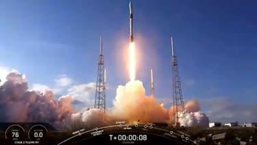 Une fusée SpaceX Falcon 9 lors de son lancement à Cap Canaveral, en Floride, le 29 janvier 2020 (Photo d'illustration)