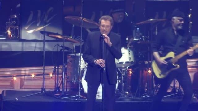 Johnny Hallyday lors du concert des Vieilles Canailles le 10 juin 2017 à Villeneuve-d'Ascq, dans le Nord