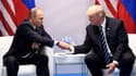 La poignée de main entre Donald Trump et Vladimir Poutine.