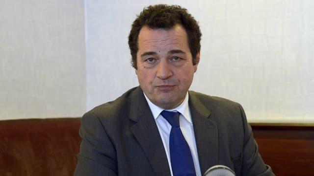 Le député Jean-Frédéric Poisson, ici lors d'une conférence de presse à Paris, le 30 mars 2016.