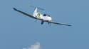 L'Airbus électrique E-Fan lors de sa traversée de la Manche.