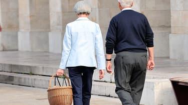 """Retraités, salariés, indépendants, fonctionnaires, peuvent désormais créer un """"compte personnel retraite"""" pour estimer le montant de leurs pensions et autres droits sur le site www.info-retraite.fr."""