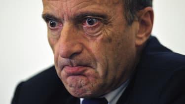 Henri Proglio, le PDG d'EDF, exerce trop de mandats d'administrateur d'entreprises, et la situation ne semble pas en voie de s'améliorer, selon l'AMF.