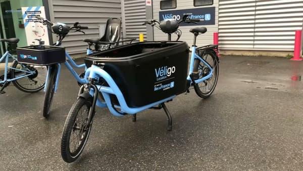 Le Véligo biporteur, pour transporter jusqu'à 60 kilos