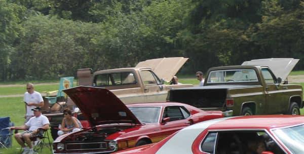 La Gran Torino connait son premier moment de gloire ans les années 70, en devenant la voiture du duo de flics le plus célèbres de la décennie.
