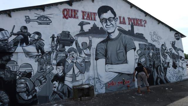 La fresque en hommage à Steve Maia Caniço, disparu après une intervention policière controversée.