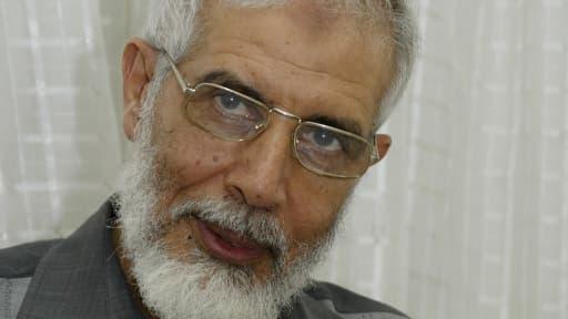 Mahmoud Ezzat remplace temporairement leur guide suprême