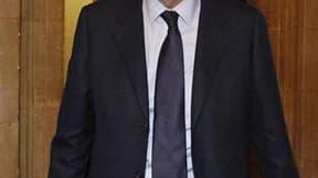 Dominique de Villepin a accusé lundi Nicolas Sarkozy d'avoir inspiré les réquisitions du parquet général, qui a demandé 15 mois de prison avec sursis au procès en appel de l'ancien Premier ministre dans le dossier Clearstream. /Photo prise le 23 mai 2011/