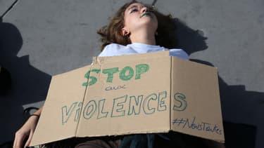Cent neuf femmes ont été tuées l'an dernier par leur conjoint ou ex-conjoint.