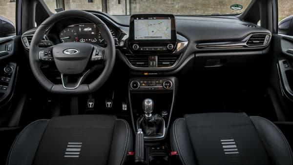 L'intérieur de la dernière Ford Fiesta devrait se retrouver dans la nouvelle Focus qui sera présentée dans les mois à venir.
